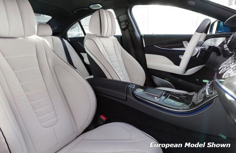 The front seats in the 2022 Mercedes-Benz CLS 450 4MATIC® Coupe.