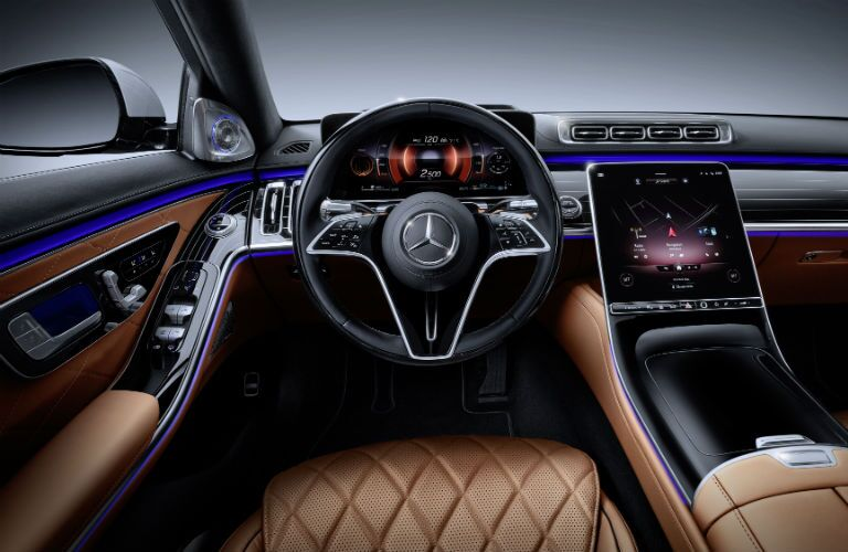 A photo of the driver's cockpit in the 2021 Mercedes-Benz S-Class.