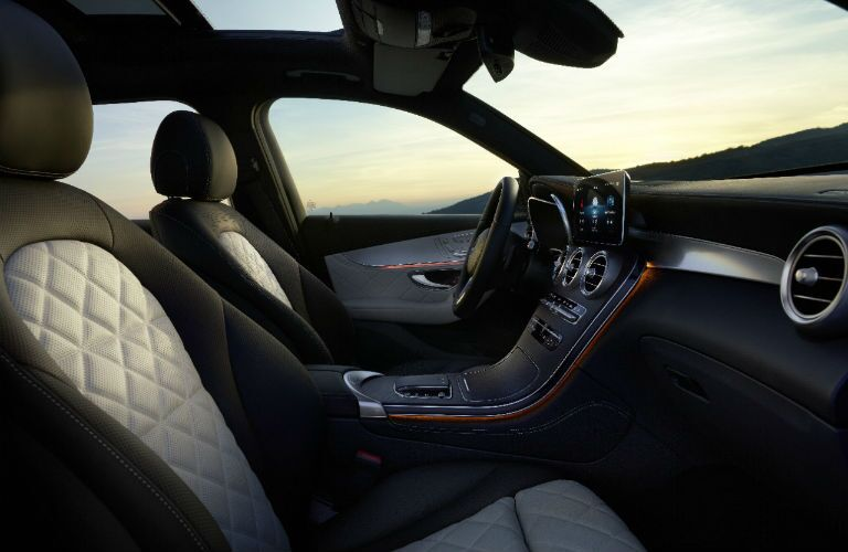 A photo of the front seats in the 2021 Mercedes-Benz GLC SUV.