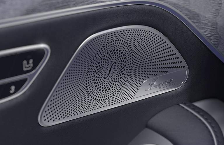 2017 Mercedes-Benz AMG S63 Coupe speakers