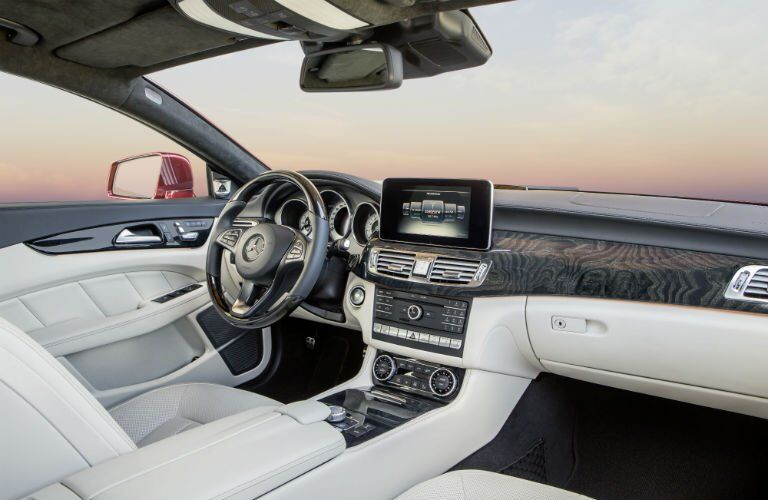 2017 Mercedes-Benz CLS Coupe Interior Cabin Dashboard