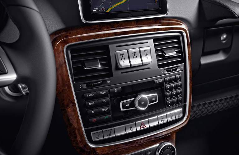2017 Mercedes-Benz G-Class center console