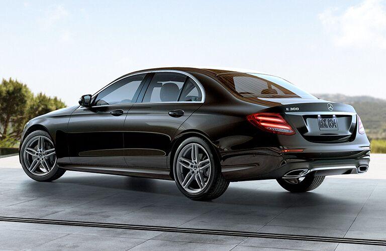 2018 Mercedes-Benz E 300 rear exterior