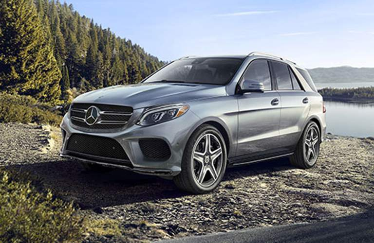 2018 Mercedes-Benz GLE 350 4MATIC parked near a lake