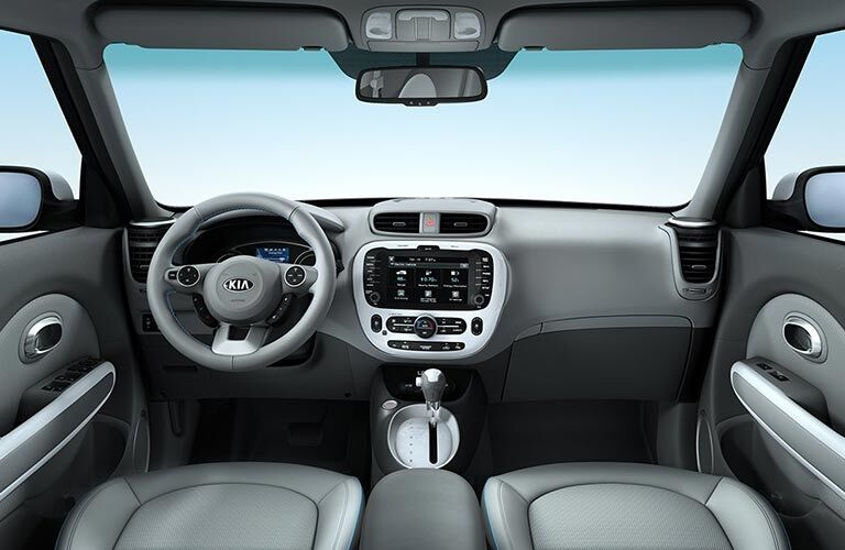 Cockpit view in the 2018 Kia Soul EV