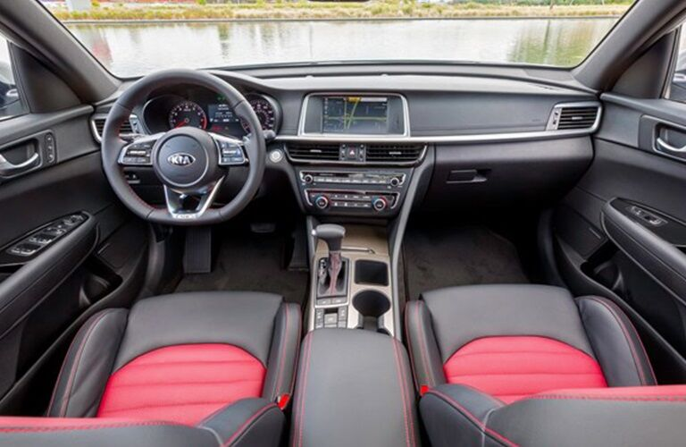 Cockpit view in the 2019 Kia Optima