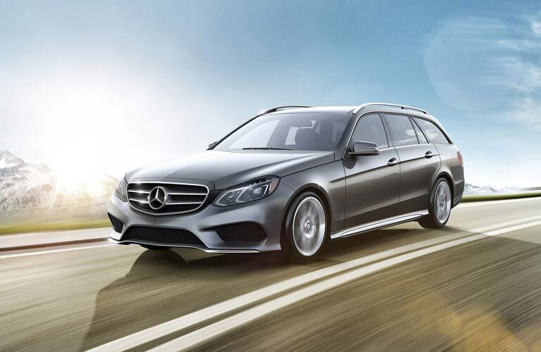 E-Class Sedan & Wagon Accessories Brochure