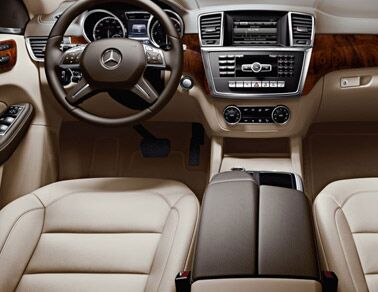New Mercedes-Benz ML350 Interior
