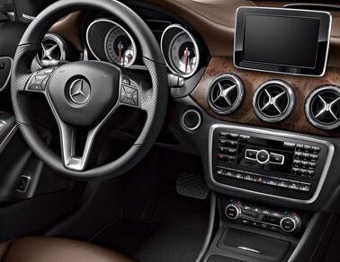 New 2015 Mercedes-Benz GLA Interior