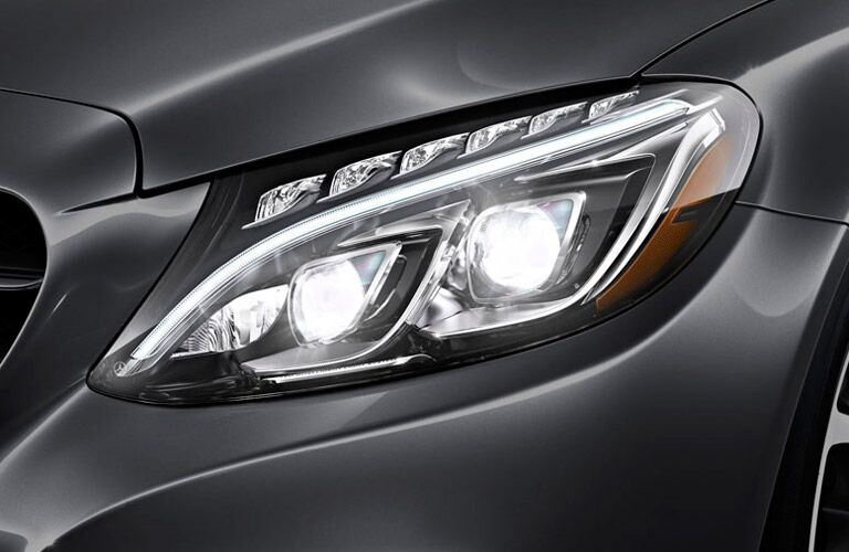 2016 Mercedes-­Benz C-­Class Kansas City MO headlight
