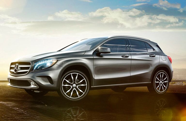 profile view of the 2016 Mercedes-Benz GLA
