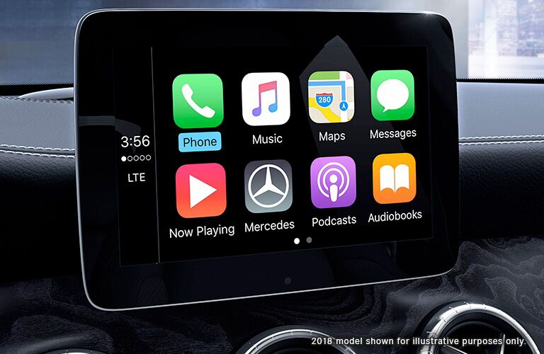 infotainment system of 2019 mercedes-benz cla with apple carplay