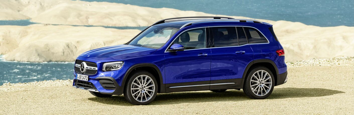 2020 Mercedes-Benz GLB in blue parked on sand