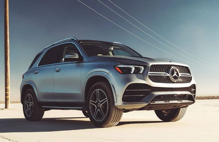 front three quarter of 2020 mercedes-benz gle