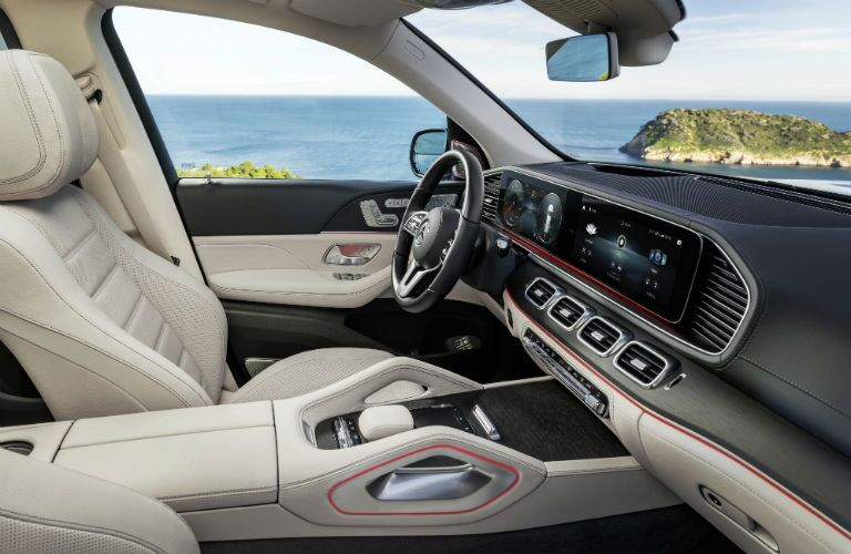 front seating in 2020 mercedes-benz gls 580