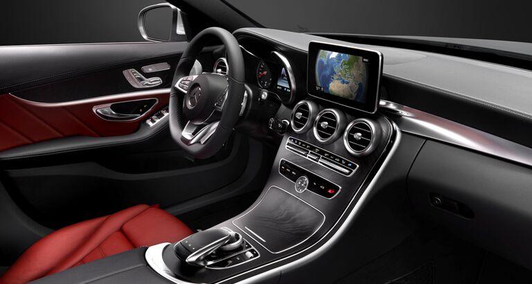 New <ercedes-Benz C-Class interior