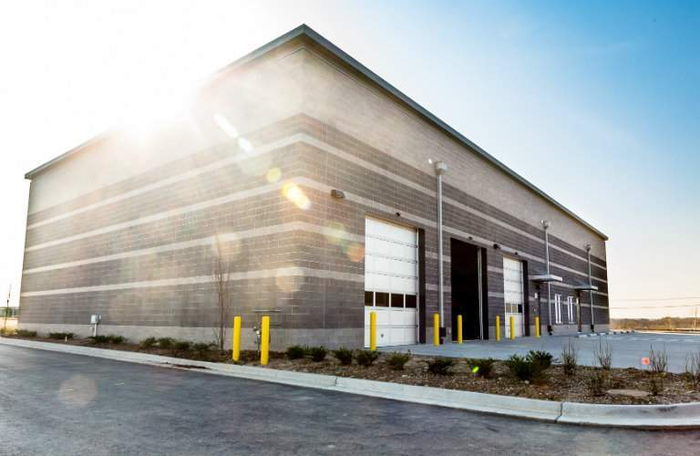 new attractive commercial van service facility at Mercedes-Benz of Kansas City