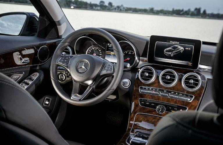 2016 Mercedes-Benz C350 Plug-In Hybrid Cabin