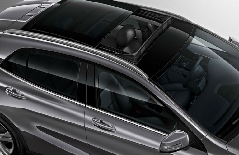 2016 Mercedes-Benz GLA45 AMG Panoramic Sunroof