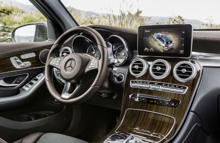 2016 Mercedes-Benz GLC Luxury Interior Loeber Motors