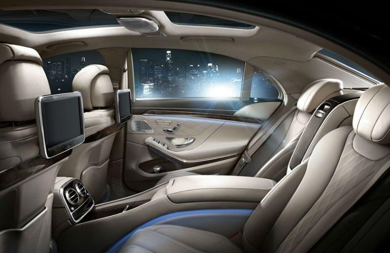 2016 Mercedes-Benz S-Class Rear Seat Entertainment