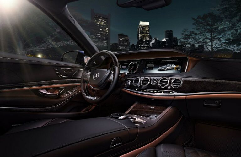 2016 Mercedes-Benz S-Class premium interior features