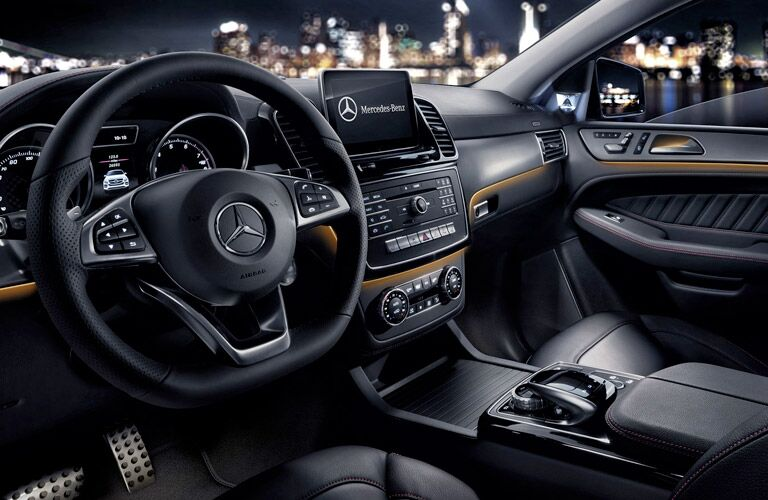 2017 Mercedes-AMG GLE63 S premium interior technology