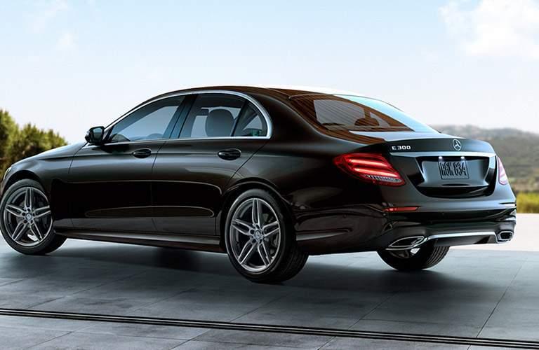 2017 Mercedes-Benz E-Class e300 exterior side