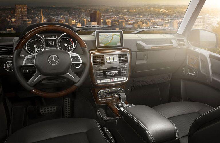 2017 Mercedes-Benz G550 premium interior features