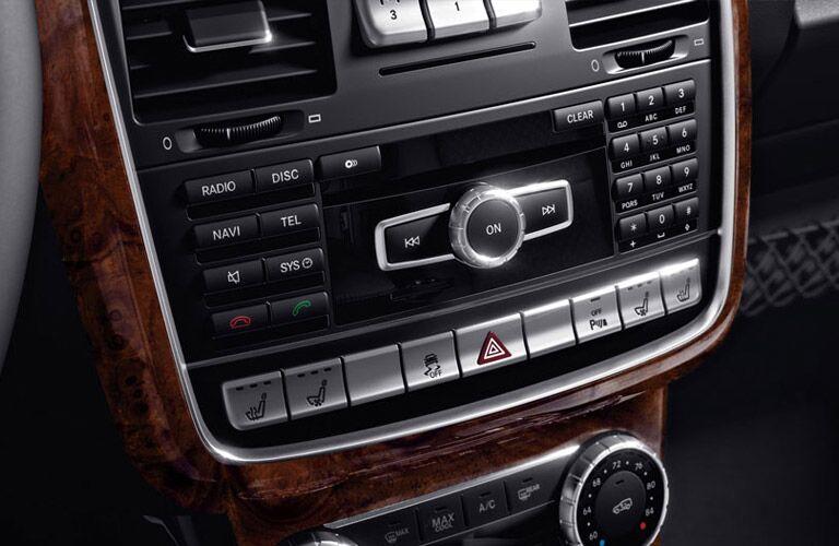 2017 Mercedes-Benz G550 button controls