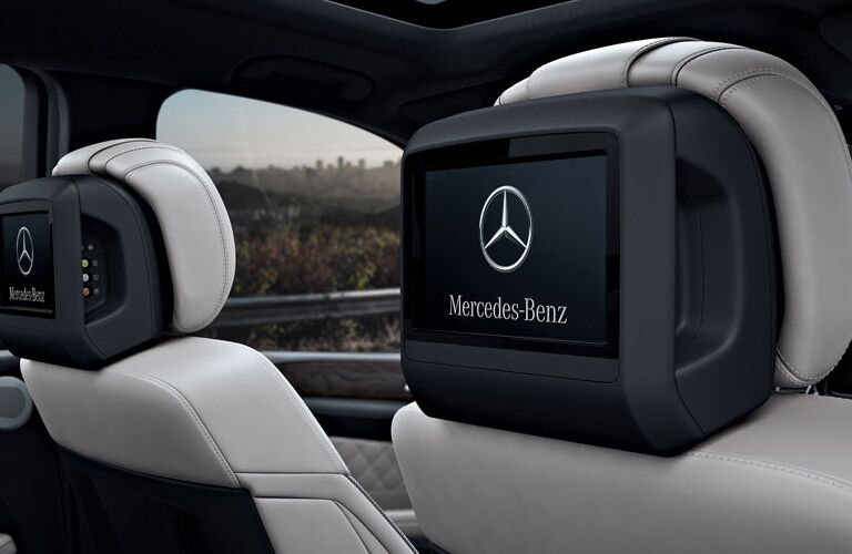 2017 Mercedes-Benz GLS rear entertainment system