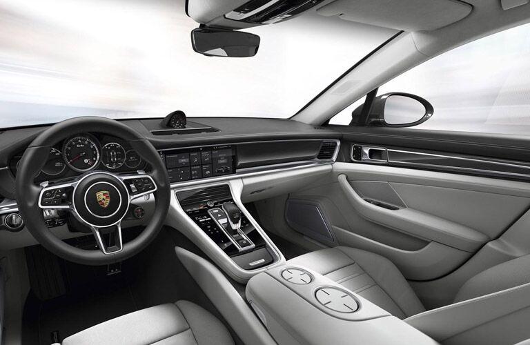 2017 Porsche Panamera Relaxing interior