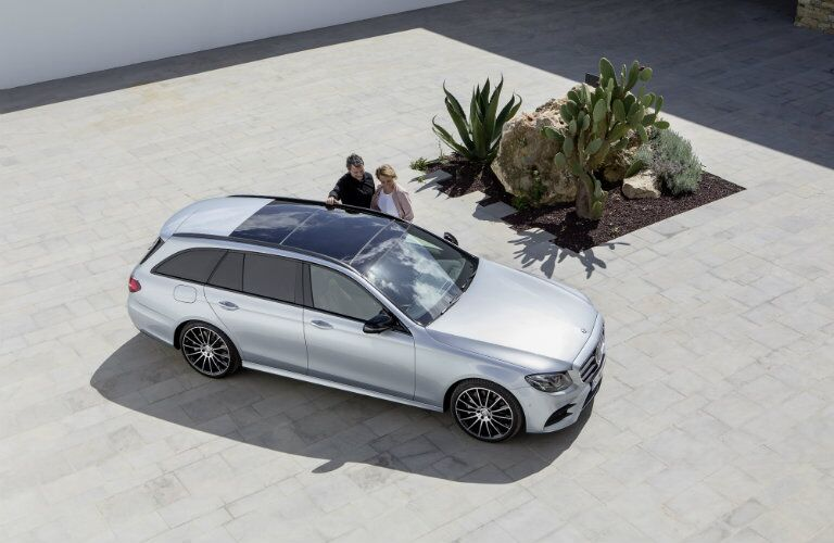 2017 Mercedes-Benz E-Class Wagon Panoramic sunroof
