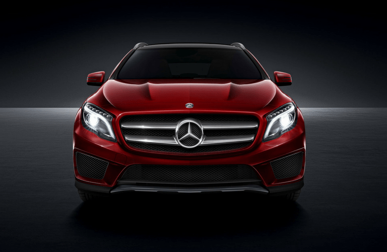 2017 Mercedes-Benz GLA exterior front fascia headlights on