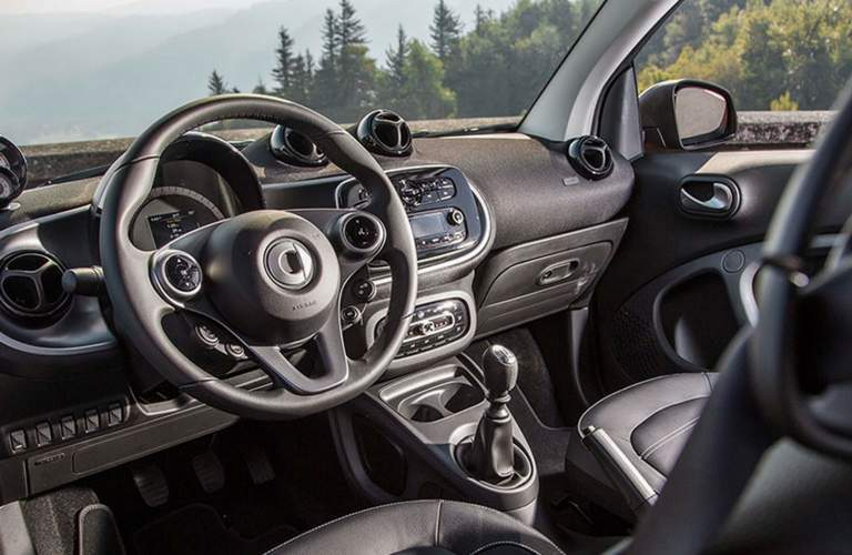 2017 smart fortwo prime interior front