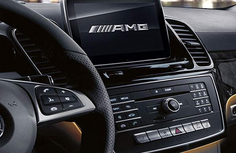 close up of the infotainment system and interior controls of the 2018 Mercedes-Benz GLE