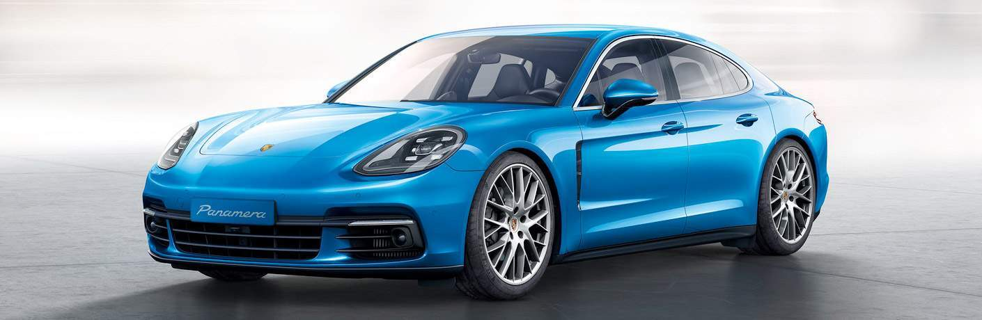 2018 Porsche Panamera in Chicago, IL