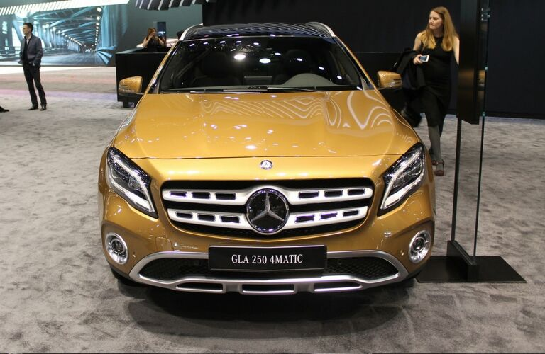 2018 mercedes benz gla class in chicago il for Mercedes benz dealerships in chicago area