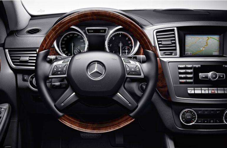 Mercedes-Benz 4MATIC luxury interior
