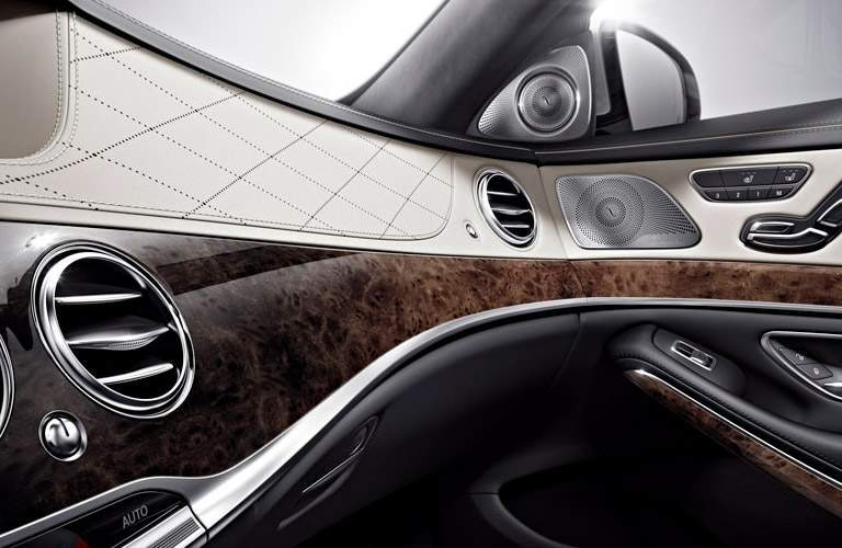 2017 Mercedes-Benz S-Class wood grain interior