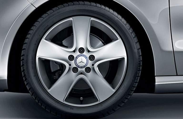 2018 Mercedes-Benz CLA 4MATIC® 5-spoke tires