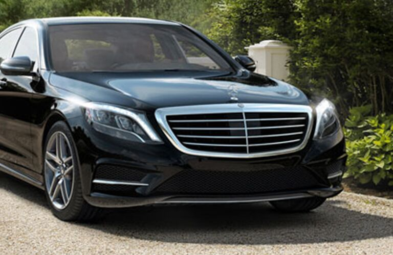2017 Mercedes-Benz S-Class front styling