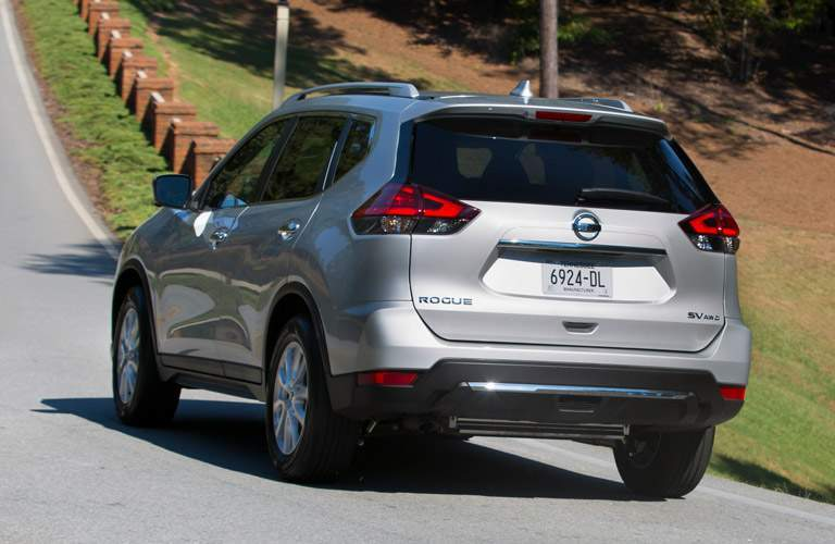 2017 nissan rogue in silver