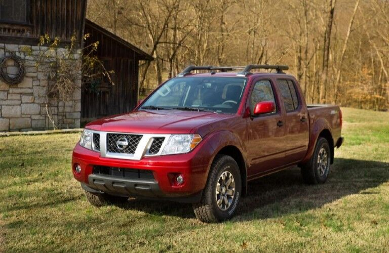 2020 Nissan Frontier parked in grass