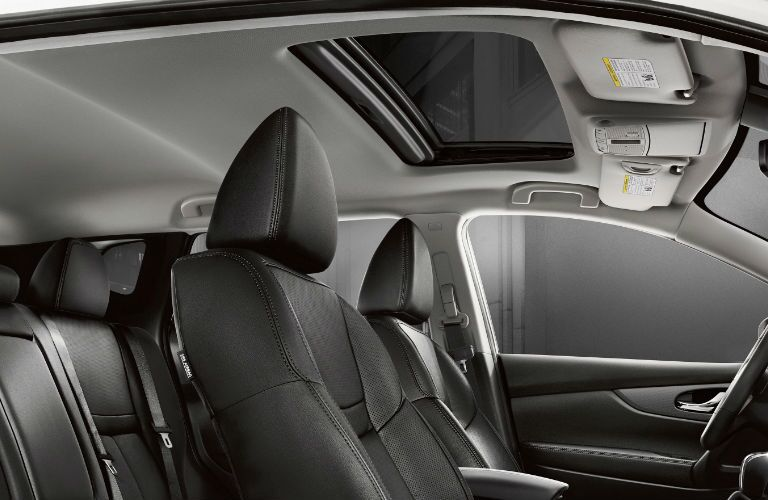 2020 Nissan Rogue Sport front seats and moonroof