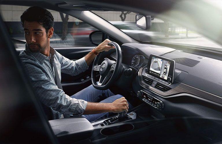 2021 Nissan Altima front interior