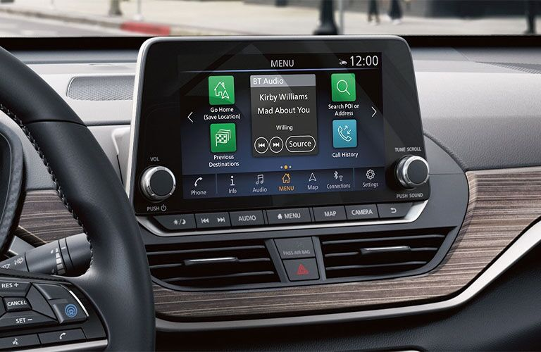 2021 Nissan Altima touchscreen display