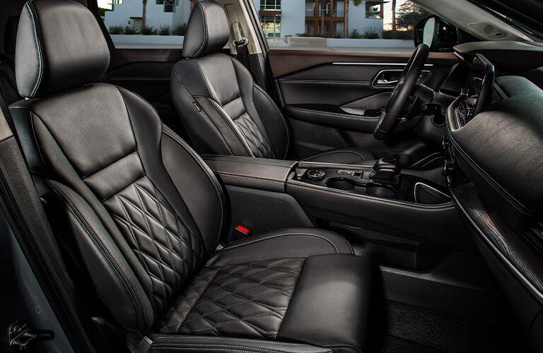2021 Nissan Rogue front seats