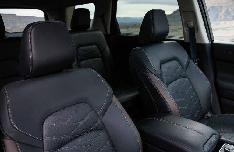 2022 Nissan Pathfinder passenger seats