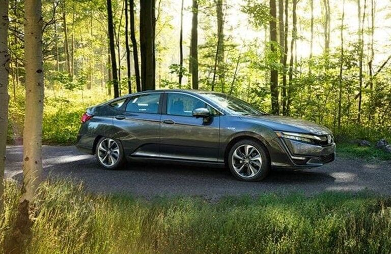 Honda Clarity Plug-In Hybrid side profile
